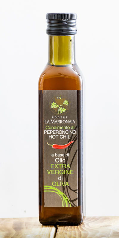 Olive-Oil-chilli-pepper-La-Marronaia