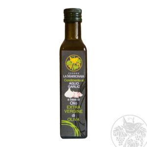 Organic tuscan oil with garlic