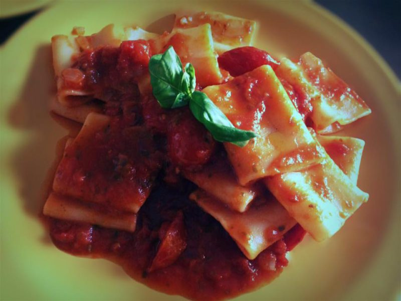 Paccheri with fresh tomato sauce