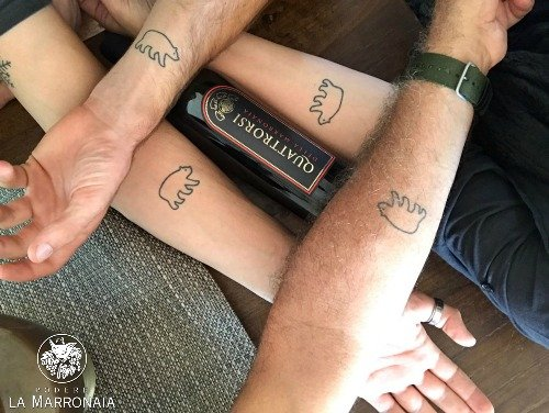 foto tattoo + logo